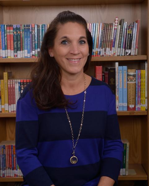Carol Gale : Advancement Director
